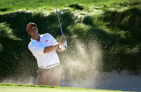PAARL, SOUTH AFRICA - DECEMBER 13:  Neil Schietekat of South Africa plays out of the greenside bunker on the seventh hole during the first round for The South African Airways Open at Pearl Valley Golf Club on December 13, 2007 in Paarl, South Africa.  (Photo by Warren Little/Getty Images)