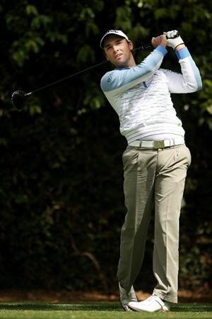AUGUSTA, GA - APRIL 07:  Oliver Wilson of England hits a tee shot during a practice round prior to the 2009 Masters Tournament at Augusta National Golf Club on April 7, 2009 in Augusta, Georgia.  (Photo by Andrew Redington/Getty Images)