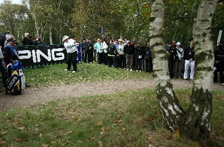 HALMSTAD, SWEDEN - SEPTEMBER 14: Laura Davies hits her second shot on the 17th hole during the morning foursomes at the Solheim Cup at Halmstad Golf Club on September 14, 2007 in Halmstad, Sweden.  (Photo by Jonathan Ferrey/Getty Images)