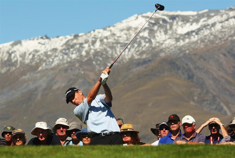 QUEENSTOWN, NEW ZEALAND - MARCH 14:  Steve Alker of New Zealand tees off on the 1st hole during day three of the New Zealand Men's Open Championship at The Hills Golf Club on March 14, 2009 in Queenstown, New Zealand.  (Photo by Phil Walter/Getty Images)