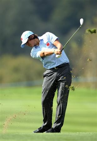 NEWPORT, WALES - SEPTEMBER 28:  Rickie Fowler of the USA hits an approach shot during a practice round prior to the 2010 Ryder Cup at the Celtic Manor Resort on September 28, 2010 in Newport, Wales.  (Photo by Andy Lyons/Getty Images)