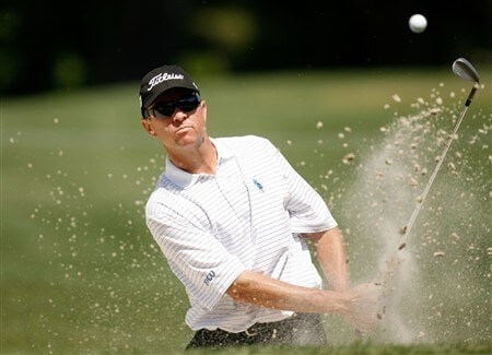 HILTON HEAD, SC - APRIL 18:  Davis Love III hits a shot out of the sand on the 5th hole during the second round of the Verizon Heritage at Harbour Town Golf Links on April 18, 2008 in Hilton Head, South Carolina.  (Photo by Streeter Lecka/Getty Images)