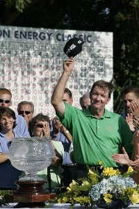 Bob Gilder after winning the Constellation Energy Classic at Hayfields Country Club in Hunt Valley, Maryland on September 17, 2006.Photo by Michael Cohen/WireImage.com