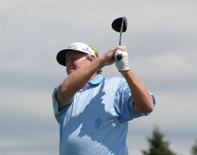 BLAINE, MN - JULY 12:  Andy Bean tees off the 1st hole during the third and final  round of the 3M Championship held at the TPC Twin Cities on July 12, 2009 in Blaine, Minnesota. (Photo by Marc Feldman/Getty Images)