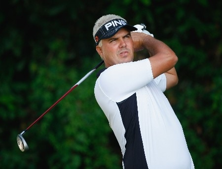 HONG KONG - NOVEMBER 15: Daniel Chopra of Sweden plays his tee shot on the 14th hole during the first round of the UBS Hong Kong Open at the Hong Kong Golf Club on November 15, 2007 in Fanling, Hong Kong.  (Photo by Stuart Franklin/Getty Images)
