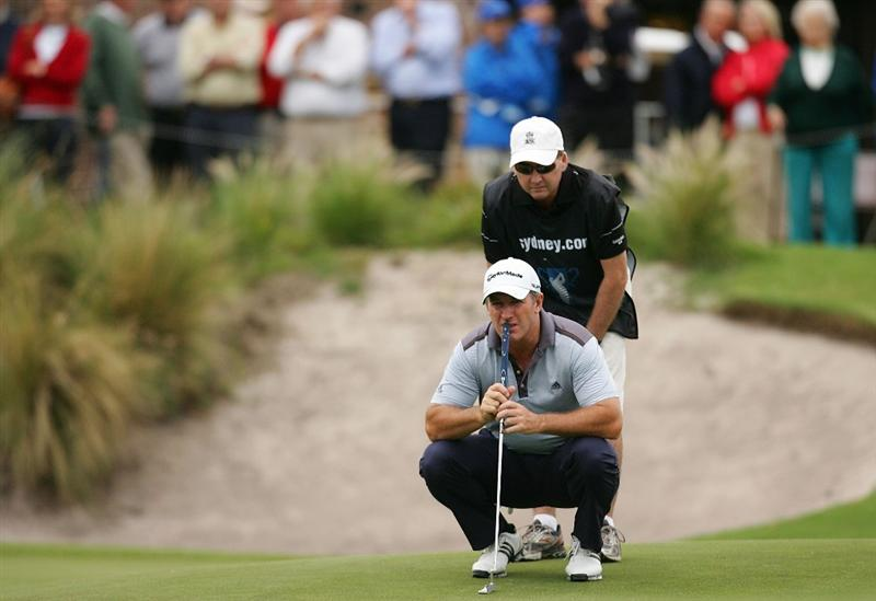 SYDNEY, AUSTRALIA - DECEMBER 11: Peter Lonard of Australia lines up a putt on the eighteenth hole during the first round of the 2008 Australian Open at The Royal Sydney Golf Club on December 11, 2008 in Sydney, Australia.  (Photo by Mark Nolan/Getty Images)