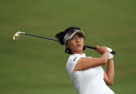 WEST PALM BEACH, FL - NOVEMBER 17: Mi Hyun Kim of South Korea hits her third shot at the 9th hole during the third round of the 2007 ADT Championship held at the Trump International Golf Course, on November 17, 2007 in West Palm Beach, Florida.  (Photo by David Cannon/Getty Images)