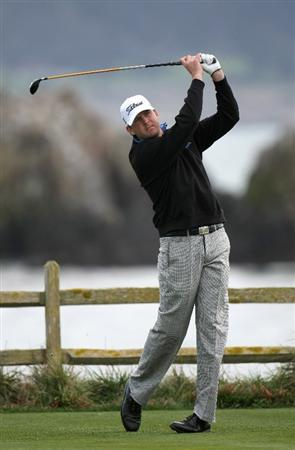 PEBBLE BEACH, CA - FEBRUARY 12: D. J. Trahan hits his tee shot on the 18th hole during the first round of the the AT&T Pebble Beach National Pro-Am on Pebble Beach Golf Links on February 12, 2009 in Pebble Beach, California. (Photo by Stephen Dunn/Getty Images)