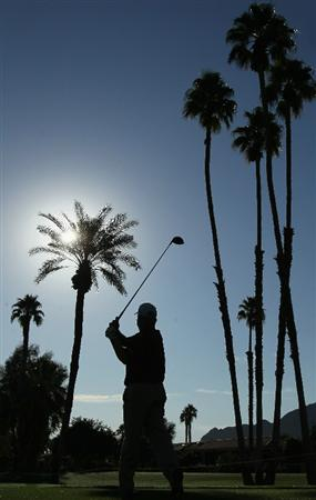 LA QUINTA, CA - JANUARY 19:  Billy Mayfair hits a tee shot on the second hole during the first round of the Bob Hope Classic at the La Quinta Country Club on January 19, 2011 in La Quinta, California.  (Photo by Jeff Gross/Getty Images)