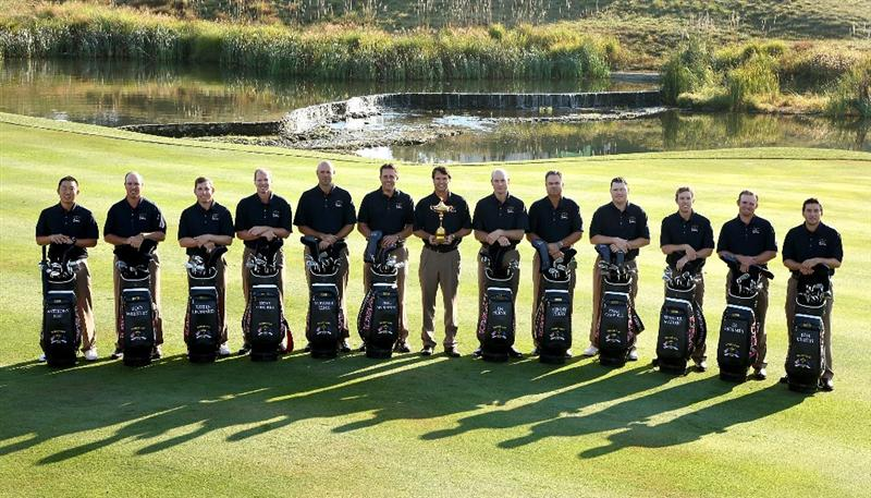 LOUISVILLE, KY - SEPTEMBER 17:  (L-R) Anthony Kim, Boo Weekley, Justin Leonard, Steve Stricker, Stewart Cink, Phil Mickelson, Paul Azinger (captain), Jim Furyk, Kenny Perry, Chad Campbell, Hunter Mahan, J.B. Holmes and Ben Curtis of the USA team pose during the USA team photo shoot prior to the 2008 Ryder Cup at Valhalla Golf Club on September 17, 2008 in Louisville, Kentucky.  (Photo by David Cannon/Getty Images)
