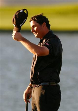 LA QUINTA, CA - JANUARY 25:  Pat Perez reacts after winning the Bob Hope Chrysler Classic at the Palmer Course at PGA West on January 25, 2009 in La Quinta, California.  (Photo by Jeff Gross/Getty Images)