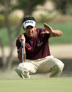 DUBAI, UNITED ARAB EMIRATES - FEBRUARY 02:  Shiv Kapur of India lines up a putt at the 15th hole during the third round of the Dubai Desert Classic, on the Majilis Course at the Emirates Golf Club, on February 2, 2008 in Dubai, United Arab Emirates.  (Photo by David Cannon/Getty Images)