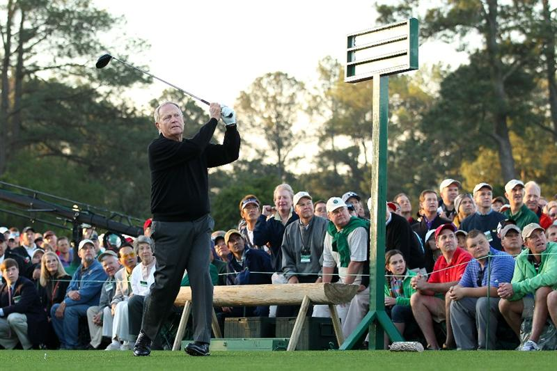 AUGUSTA, GA - APRIL 07:  Jack Nicklaus hits the ceremonial first tee shot to start the first round of the 2011 Masters Tournament at Augusta National Golf Club on April 7, 2011 in Augusta, Georgia.  (Photo by Andrew Redington/Getty Images)