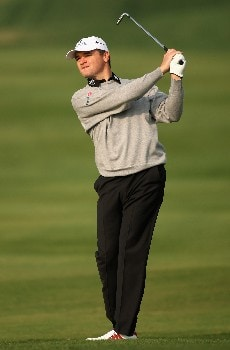 DOHA, QATAR - JANUARY 24:  Paul Lawrie of Scotland in action on the par four 15th hole during the first round of the Commercial Bank Qatar Masters held at the Doha Golf Club on January 24, 2008 in Doha,Qatar.  (Photo by Ross Kinnaird/Getty Images)