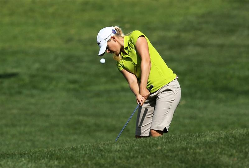 CARLSBAD, CA - MARCH 27:  Pernilla Lindberg of Sweden pitches to the green on the third hole during the third round of the Kia Classic Presented by J Golf at La Costa Resort and Spa on March 27, 2010 in Carlsbad, California.  (Photo by Stephen Dunn/Getty Images)