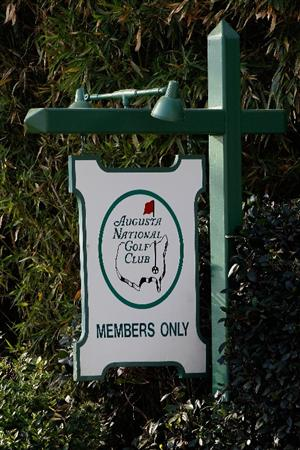 AUGUSTA, GA - APRIL 04:  A 'members only' sign is seen on Magnolia Lane along Washington Road in front of Augusta National Golf Club before the Masters on April 4, 2010 in Augusta, Georgia.  (Photo by Scott Halleran/Getty Images)