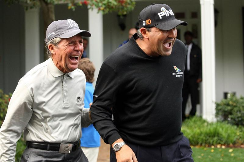 AUGUSTA, GA - APRIL 06:  (L-R) Gary Player of South Africa and Angel Cabrera of Argentina share a laugh during a practice round prior to the 2009 Masters Tournament at Augusta National Golf Club on April 6, 2009 in Augusta, Georgia.  (Photo by Andrew Redington/Getty Images)
