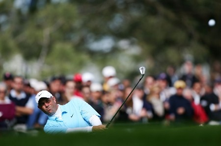 LA JOLLA, CA - JANUARY 26:  Stewart Cink hits out of the rough on the 10th hole during the third round of the Buick Invitatoinal at the Torrey Pines Golf Course on January 26, 2008 in La Jolla, California.  (Photo by Harry How/Getty Images)