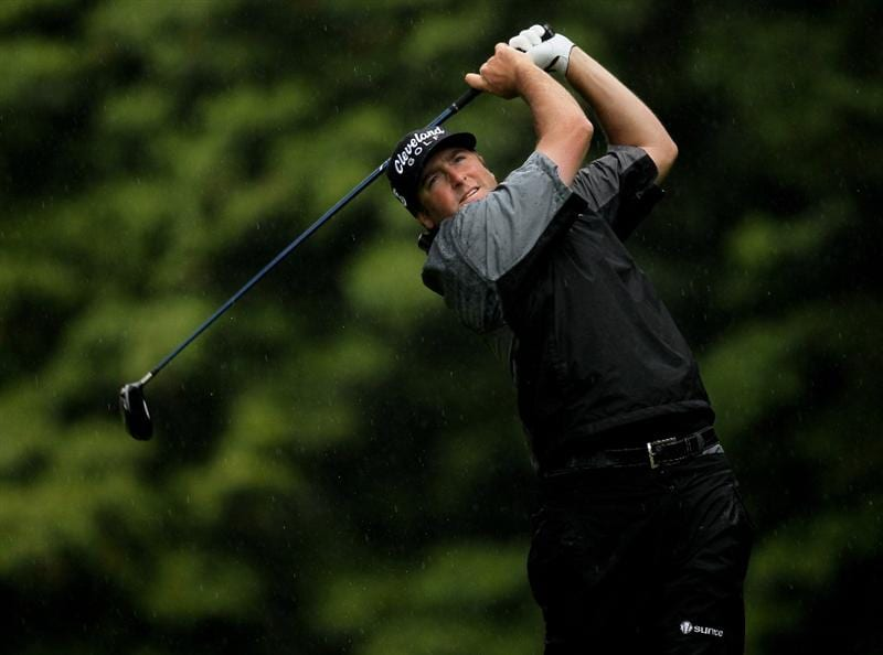 PACIFIC PALISADES, CA - FEBRUARY 05:  Steve Marino hits his tee shot on the 12th hole during the second round of the Northern Trust Open at Riveria Country Club on February 5, 2010 in Pacific Palisades, California.  (Photo by Stephen Dunn/Getty Images)