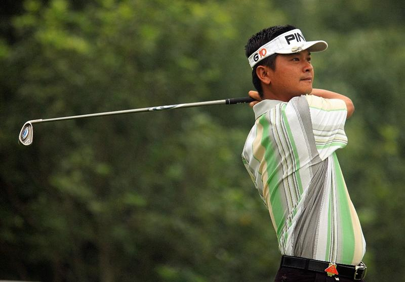 SHANGHAI, CHINA - NOVEMBER 06:  Wen-tang Lin of Chinese Taipei hits his tee shot on the fourth hole during the first round of the HSBC Champions at Sheshan International Golf Club on November 6, 2008 in Shanghai, China.  (Photo by Scott Halleran/Getty Images)