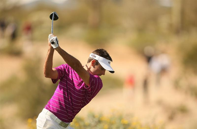 MARANA, AZ - FEBRUARY 19:  Charl Schwartzel of South Africa tees off on the tenth tee box during round three of the Accenture Match Play Championship at the Ritz-Carlton Golf Club on February 19, 2010 in Marana, Arizona.  (Photo by Darren Carroll/Getty Images)