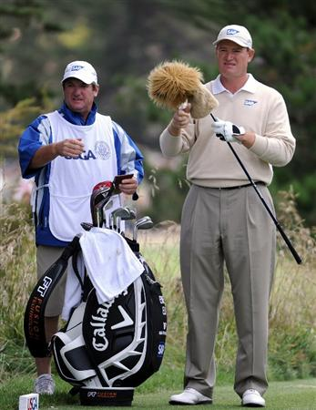 PEBBLE BEACH, CA - JUNE 20:  Ernie Els of South Africa waits with his caddie Ricci Roberts on the second tee during the final round of the 110th U.S. Open at Pebble Beach Golf Links on June 20, 2010 in Pebble Beach, California.  (Photo by Harry How/Getty Images)