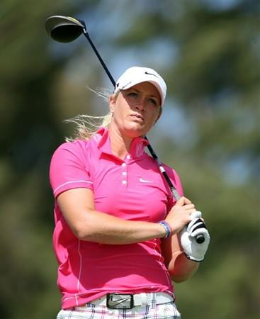KAHUKU, HI - FEBRUARY 13:  Suzann Pettersen of Norway hits her tee shot on the 3rd hole during the second round of the SBS Open on February 13, 2009 at the Turtle Bay Resort in Kahuku, Hawaii.  (Photo by Andy Lyons/Getty Images)