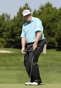 Andy Bean reacts to a missed putt during the second round of the JELD-WEN Tradition at The Reserve Vineyards & Golf Club in Aloha, Oregon on Friday, August 25, 2006.Photo by Steve Levin/WireImage.com