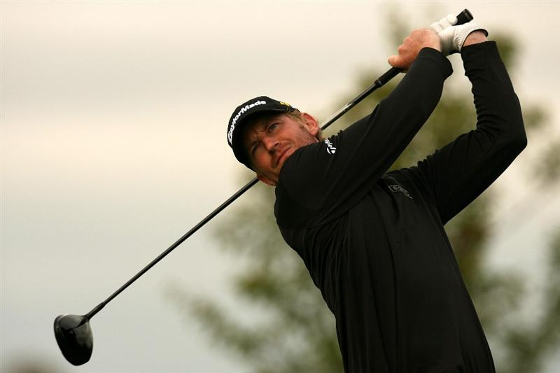 VERONA, NY - OCTOBER 05:  Vaughn Taylor hits his tee shot on the 18th hole during a six hole play-off against Matt Kuchar at the 2009 Turning Stone Resort Championship at Atunyote Golf Club held on October 5, 2009 in Verona, New York.  (Photo by Chris Trotman/Getty Images)