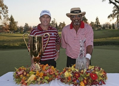 Jay Haas wins the 2006 Schwab Cup and Jim Thorpe wins the tournament title of the Charles Schwab Cup Championship held at Sonoma Golf Club in Sonoma, California, on October 29, 2006. Photo by: Chris Condon/PGA TOURPhoto by: Chris Condon/PGA TOUR