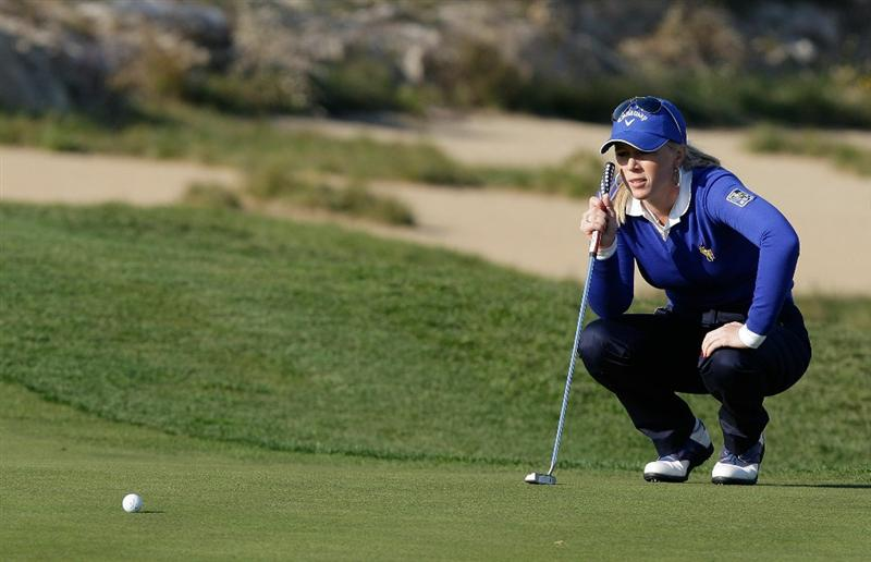 INCHEON, SOUTH KOREA - OCTOBER 29:  Morgan Pressel of United States lines up a putt on the 17th green during the 2010 LPGA Hana Bank Championship at Sky 72 golf club on October 29, 2010 in Incheon, South Korea.  (Photo by Chung Sung-Jun/Getty Images)