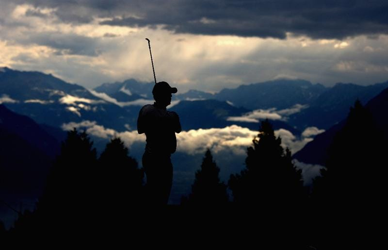 CRANS, SWITZERLAND - SEPTEMBER 04:  Anders Hansen of Denmark plays his second shot on the 17th hole during the first round of the Omega European Masters at Crans-Sur-Sierre Golf Club on September 4, 2008 in Crans Montana, Switzerland.  (Photo by Andrew Redington/Getty Images)