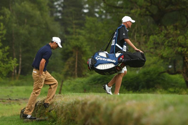 LUSS, UNITED KINGDOM - JULY 12:  Martin Kaymer of Germany walks to the 2nd green during the Final Round of The Barclays Scottish Open at Loch Lomond Golf Club on July 12, 2009 in Luss, Scotland. (Photo by Richard Heathcote/Getty Images)