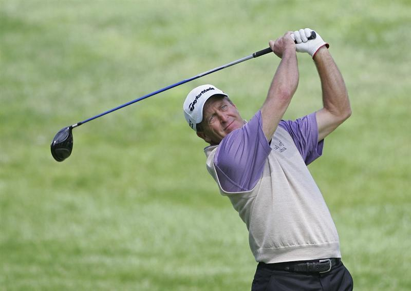 TIMONIUM, MD - OCTOBER 01:  Fred Funk hits a drive during the first round of the Constellation Energy Senior Players Championship at Baltimore Country Club/Five Farms (East Course) held on October 1, 2009 in Timonium, Maryland. (Photo by Michael Cohen/Getty Images)