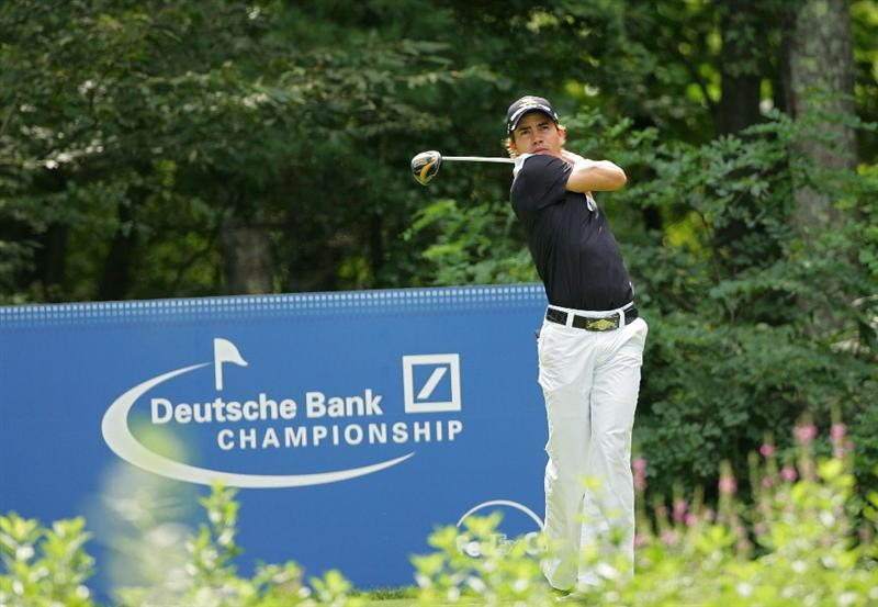 NORTON, MA - SEPTEMBER 07:  Camilo Villegas hits his drive on the ninth hole during the final round of the Deutsche Bank Championship at TPC Boston held on September 7, 2009 in Norton, Massachusetts.  (Photo by Michael Cohen/Getty Images)