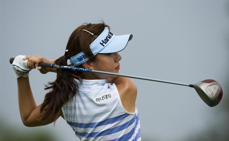 CHON BURI, THAILAND - FEBRUARY 19:  Park Hee Young of South Korea tees off on the 11th hole during round two of the Honda LPGA Thailand at the Siam Country Club on February 19, 2010 in Chon Buri, Thailand.  (Photo by Victor Fraile/Getty Images)