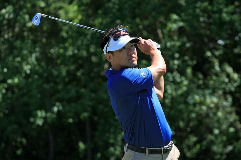 NEW ORLEANS, LA - APRIL 28 : Charlie Wi of SOuth Korea hits his tee shot on the 16th hole during the first round of the Zurich Classic at the TPC Louisiana on April 28, 2011 in New Orleans, Louisiana. (Photo by Hunter Martin/Getty Images)