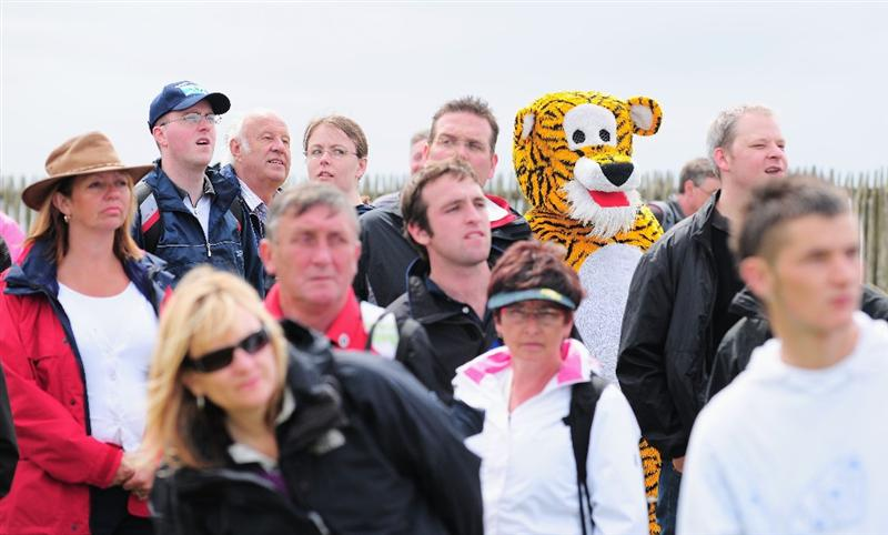 TURNBERRY, SCOTLAND - JULY 18:  A golf fan in a Tiger costume enjoys the action during round three of the 138th Open Championship on the Ailsa Course, Turnberry Golf Club on July 18, 2009 in Turnberry, Scotland.  (Photo by Stuart Franklin/Getty Images)