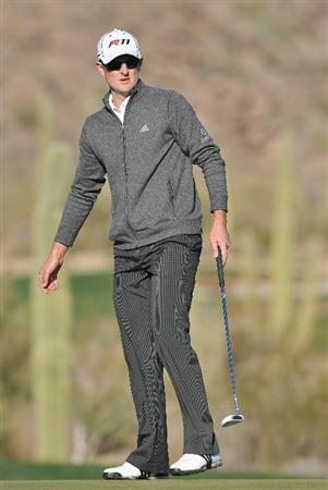 MARANA, AZ - FEBRUARY 24:  Justin Rose of England reacts to his putt on the first playoff  hole during the second round of the Accenture Match Play Championship at the Ritz-Carlton Golf Club on February 24, 2011 in Marana, Arizona.  (Photo by Stuart Franklin/Getty Images)