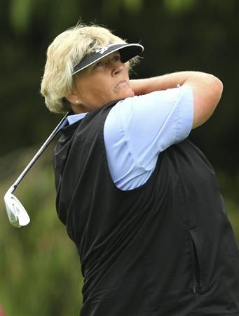 MELBOURNE, AUSTRALIA - FEBRUARY 05:  Laura Davies of England plays a shot during day three of the Women's Australian Open at The Commonwealth Golf Club on February 5, 2011 in Melbourne, Australia.  (Photo by Lucas Dawson/Getty Images)