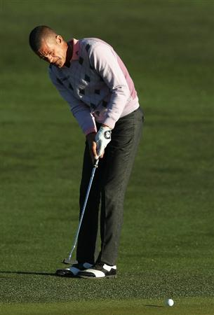 SCOTTSDALE, AZ - FEBRUARY 04:  Jesper Parnevik of Sweden putts on the 11th hole green during the second round of the Waste Management Phoenix Open at TPC Scottsdale on February 4, 2011 in Scottsdale, Arizona.  (Photo by Christian Petersen/Getty Images)
