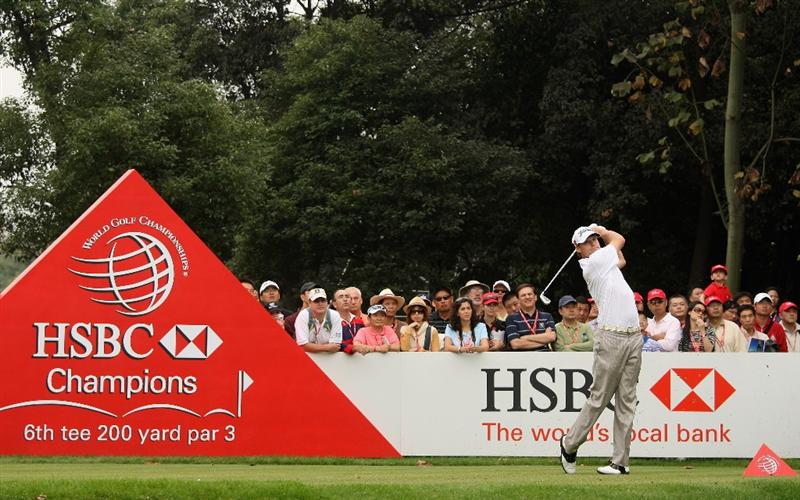SHANGHAI, CHINA - NOVEMBER 07:  Nick Watney of the USA hits his tee-shot on the sixth hole during the third round of the WGC-HSBC Champions at Sheshan International Golf Club on November 7, 2009 in Shanghai, China.  (Photo by Andrew Redington/Getty Images)