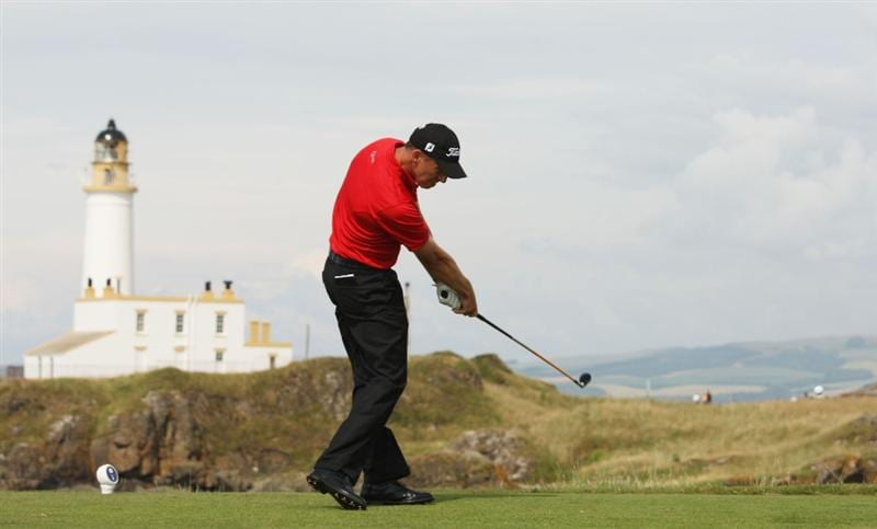 TURNBERRY, SCOTLAND - JULY 16:  Soren Hansen of Denmark tees off on the 9th hole during round one of the 138th Open Championship on the Ailsa Course, Turnberry Golf Club on July 16, 2009 in Turnberry, Scotland.  (Photo by Ross Kinnaird/Getty Images)
