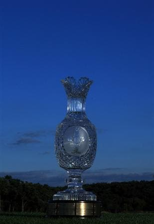 SUGAR GROVE, IL - AUGUST 23:  The Solheim Cup Trophy at the 2009 Solheim Cup Matches, at the Rich Harvest Farms Golf Club on August 23, 2009 in Sugar Grove, Ilinois  (Photo by David Cannon/Getty Images)