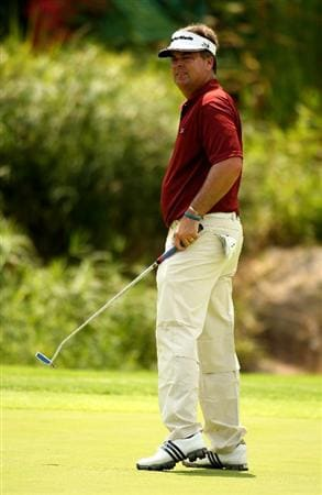 SUN CITY, SOUTH AFRICA - DECEMBER 07:  Kenny Perry of the USA in action during the final round of the Nedbank Golf Challenge at the Gary Player Country Club on December 7, 2008 in Sun City, South Africa.  (Photo by Richard Heathcote/Getty Images)