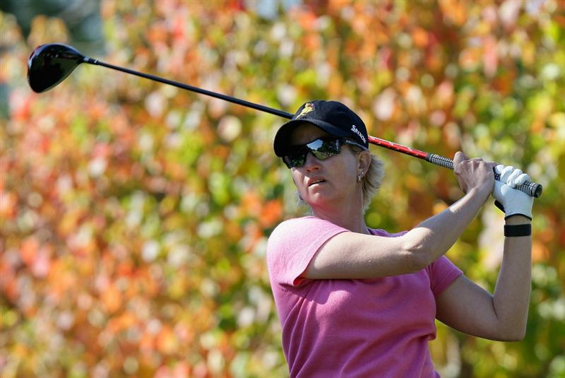 SHIMA, JAPAN - NOVEMBER 05:  Karrie Webb of Australia plays a shot on the 2nd hole during round one of the Mizuno Classic at Kintetsu Kashikojima Country Club on November 5, 2010 in Shima, Japan.  (Photo by Chung Sung-Jun/Getty Images)