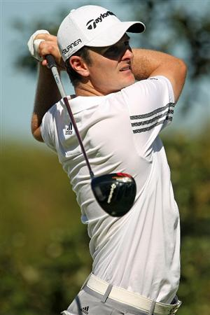 LEMONT, IL - SEPTEMBER 10:  Justin Rose of England tees off on the 15th hole during the second round of the BMW Championship at Cog Hill Golf & Country Club on September 10, 2010 in Lemont, Illinois.  (Photo by Scott Halleran/Getty Images)