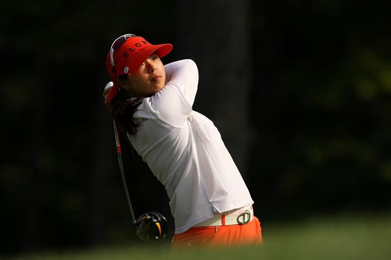 BETHLEHEM, PA - JULY 10:  Shanshan Feng of China watches her tee shot on the 2nd hole during the second round of the 2009 U.S. Women's Open at Saucon Valley Country Club on July 10, 2009 in Bethlehem, Pennsylvania.  (Photo by Streeter Lecka/Getty Images)