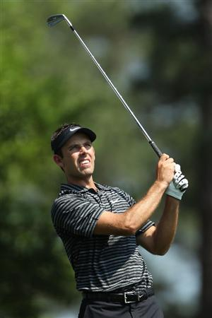 AUGUSTA, GA - APRIL 10:  Charl Schwartzel of South Africa watches his tee shot on the fourth hole during the final round of the 2011 Masters Tournament at Augusta National Golf Club on April 10, 2011 in Augusta, Georgia.  (Photo by Jamie Squire/Getty Images)