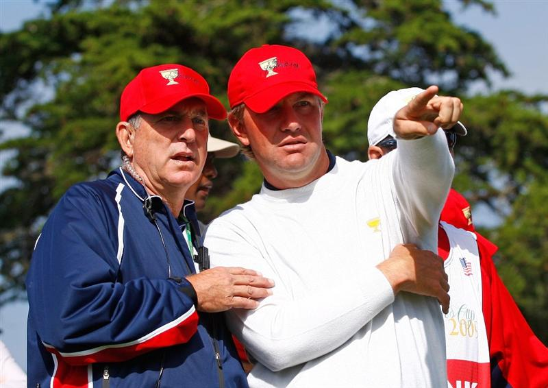 SAN FRANCISCO - OCTOBER 09:  USA Team assistant captain Jay Haas chats with Lucas Glover on the second tee during the Day Two Fourball Matches of The Presidents Cup at Harding Park Golf Course on October 9, 2009 in San Francisco, California.  (Photo by Scott Halleran/Getty Images)